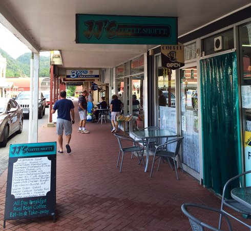 Queenstown, Australien: Cafe in the Main Street