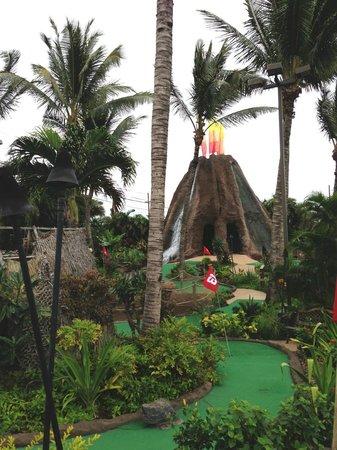 Maui Golf & Sports Park: Mini-golf