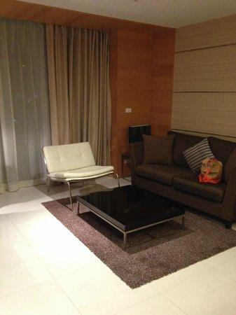 Anantara Sathorn Bangkok Hotel: Lounge room