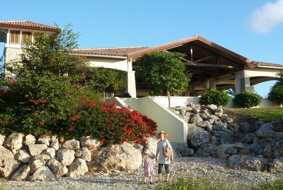 Santa Barbara Beach & Golf Resort, Curacao: Shore restaurant