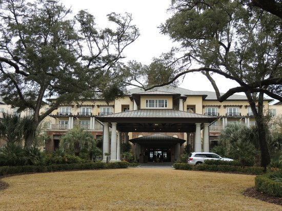 The Sanctuary Hotel at Kiawah Island Golf Resort: the grand entry