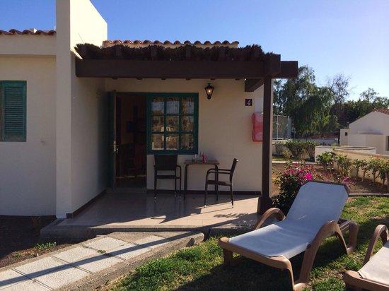 MRC Maspalomas Resort: Front of bungalow