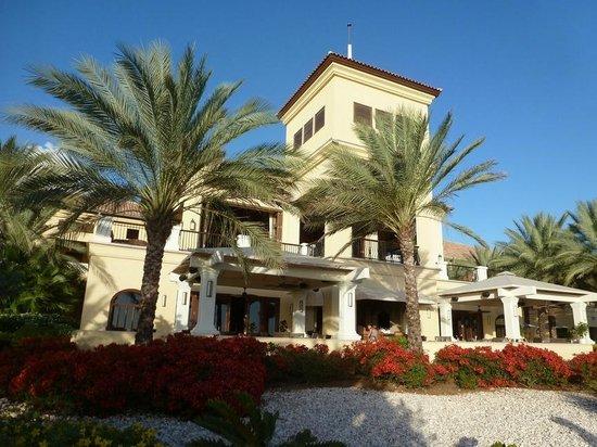 Santa Barbara Beach & Golf Resort, Curacao: Main Lobby / Medi Restaurant
