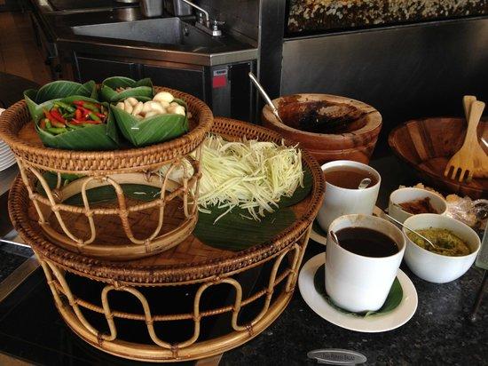 Lord Jim's at Mandarin Oriental, Bangkok: the papaya som tum salad section