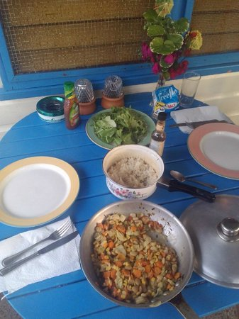 Xtabi Resort: Jamaican lunch on the porch of Cottage 21