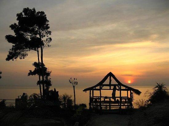 Lanta Top View Resort: закат Lanta Top View