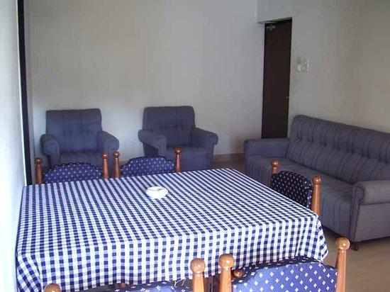 Karthiyayini Hotel : Dine Service Room