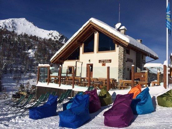 Chalet Col Saurel: Sunny day!