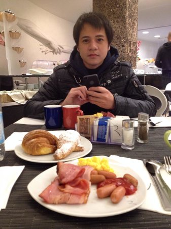 Best Western Premier Hotel Royal Santina: Daily breakfast