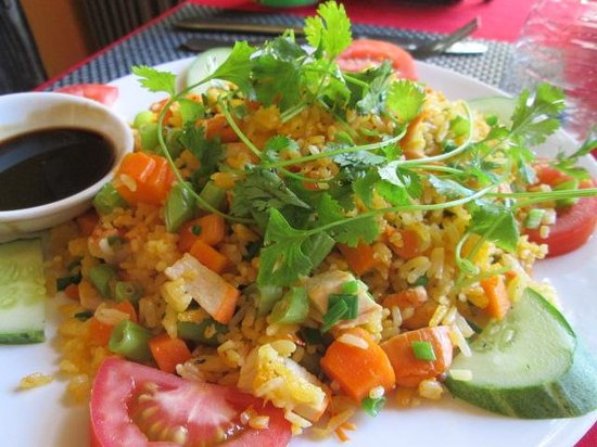 Nha Hang Yen's Restaurant: Fried rice with chicken