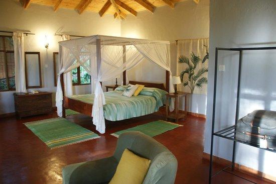 Tloma Mountain Lodge, Tanganyika Wilderness Camps: chambre  Duma