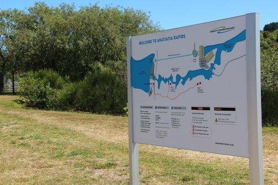 Aratiatia Rapids: The sign board