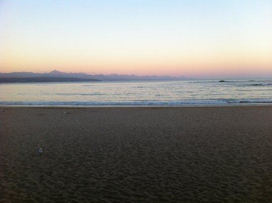 Plett Beachfront Accommodation: Beautiful sunset