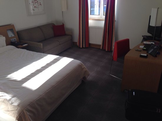 Novotel Wuerzburg: Zimmer