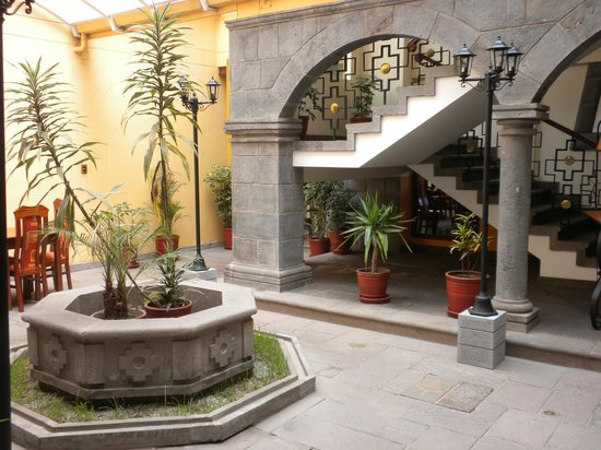 Imperial Cusco Hotel: Main area of hotel