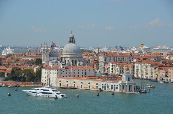 San Giorgio Maggiore: Венеция с колокольни.