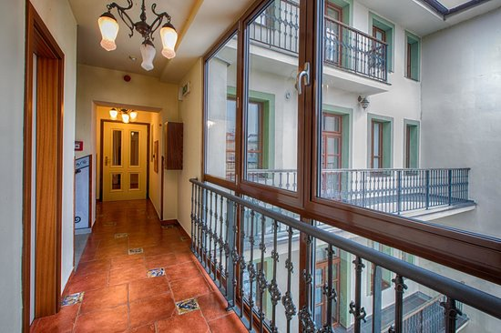 Arkada Hotel Praha: Corridor