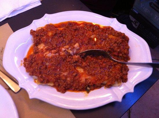 Plaza Cafe Bistrot: cannelloni al ragù alla maremmana