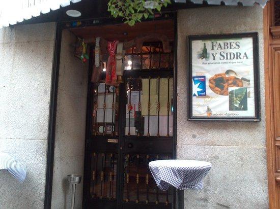 Casa Parrondo : Entrada