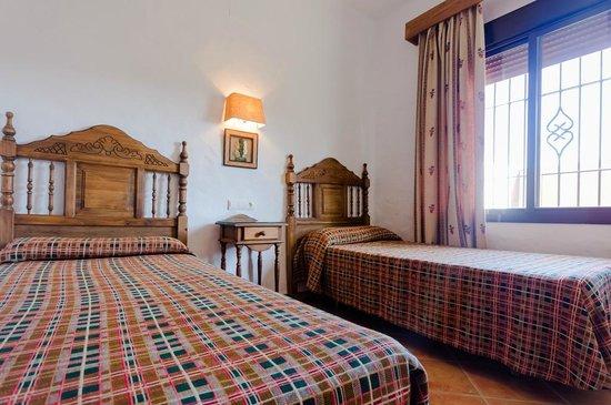 Hacienda Puerto de Conil: Dormitorio camas individuales