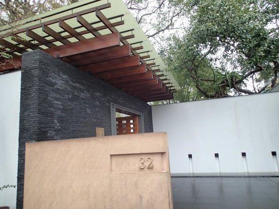Villa 32: 入口です。