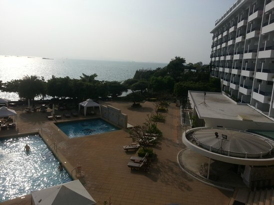 Dusit Thani Pattaya : view from our room