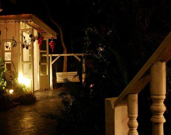 Keereta Resort & Spa: Reception and open-air lobby
