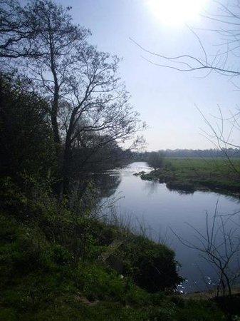 Liffey Walk: River Liffey