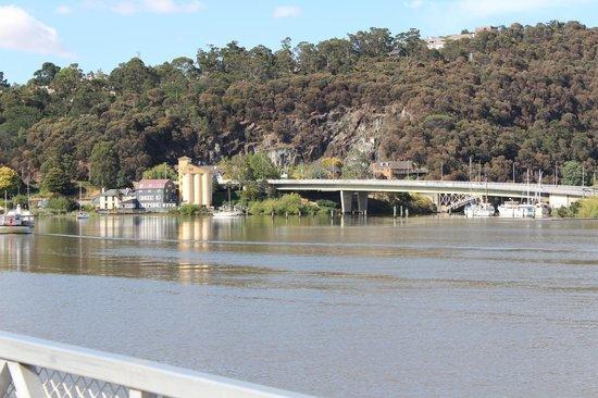 The Sebel Launceston : Tamar River