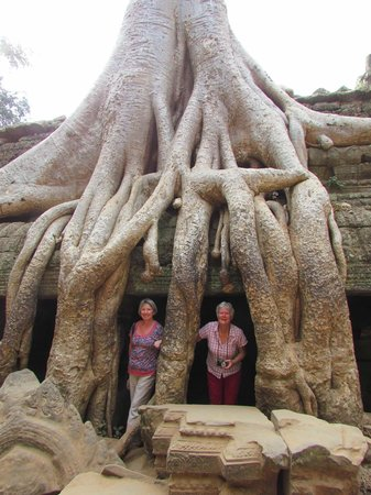 Wide Eyed Tours - Day Tours: Friends of Angkor Wat