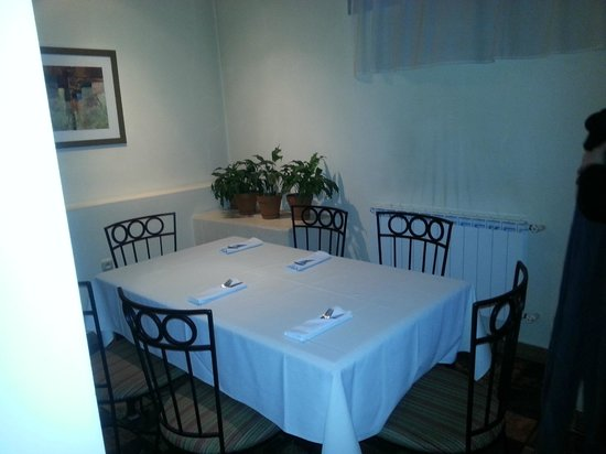 La Cucina: One of the tables