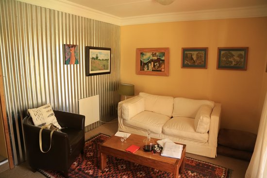 The Clarens Country House: Living room