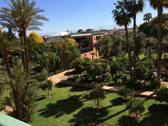 La Mamounia Marrakech : Vue de la terrasse du chambre donnant sur le parc