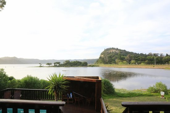 Oyster Creek Lodge: View from terrace