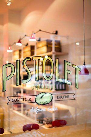 Photo of Belgian Restaurant Pistolet Original at Rue Joseph Stevens 24-26, Brussels 1000, Belgium