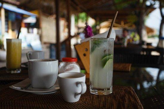 Manta Dive Gili Air Resort : Breakfast