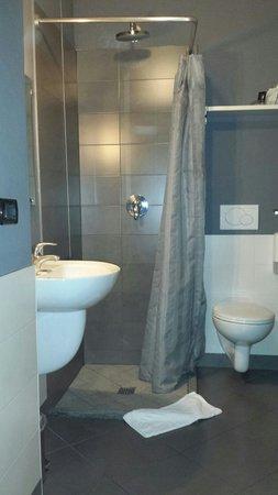Adalesia Boutique Hotel : Bagno di una delle camere dell'hotel!