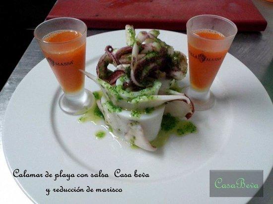 casa beva: Calamar de playa con salsa verde