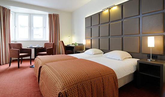 Hotel Adagio: Kamer