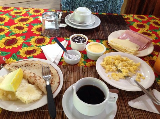 Le Refuge Pousada : Desayuno en Pousada Le Refuge
