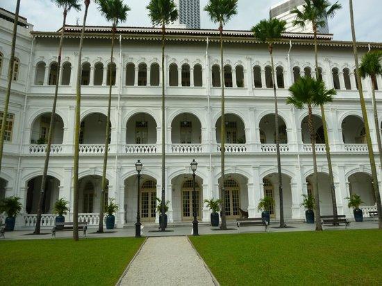 Raffles Hotel Singapore: ホテル外観