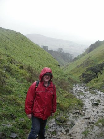Ye Olde Cheshire Cheese Inn: Up the gorge ...which was a river that day.