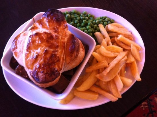 The Riddell Arms: Homemade Steak & Onion Pie with home cut chips
