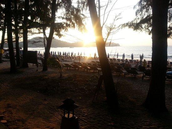 Sunwing Bangtao Beach: Blick aus dem Restaurant.