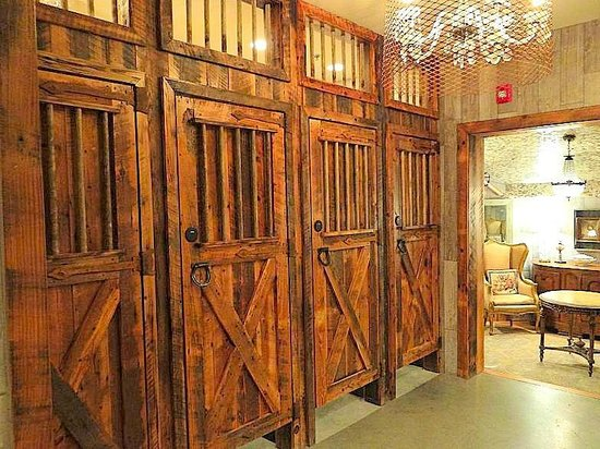 The Angus Barn: stalls in ladies rest room