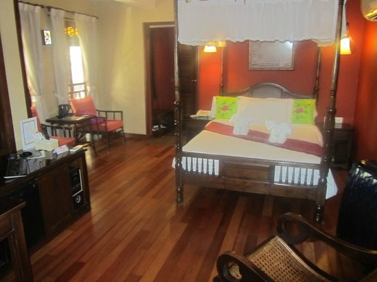 ANGGUN BOUTIQUE HOTEL : Front Room with balcony