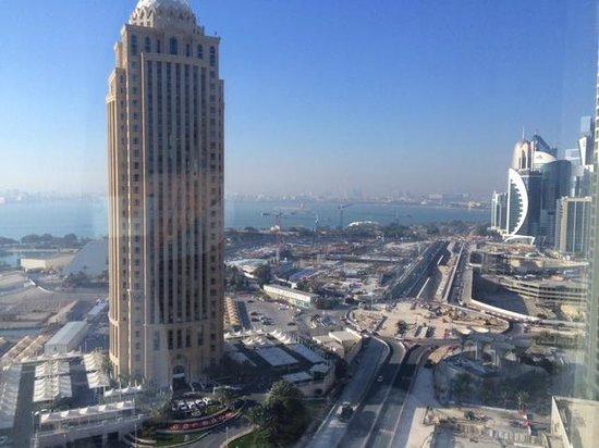 Movenpick Hotel West Bay Doha : vue de la chambre 2102