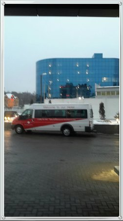 Ramada Moscow Domodedovo: Shuttle Service prompt and professional