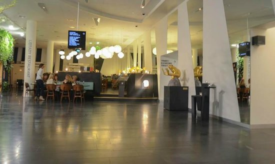 AC Hotel by Marriott Bella Sky Copenhagen : Reception Area