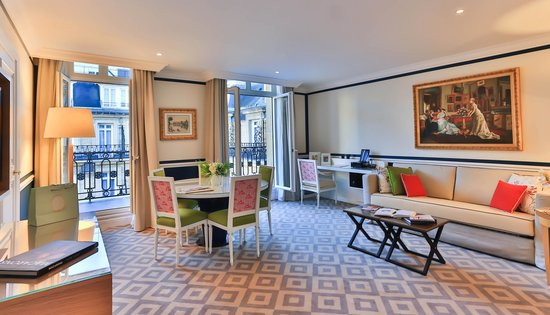 Fraser Suites Le Claridge Champs-Elysees : Two Bedroom Executive Suite - Living room